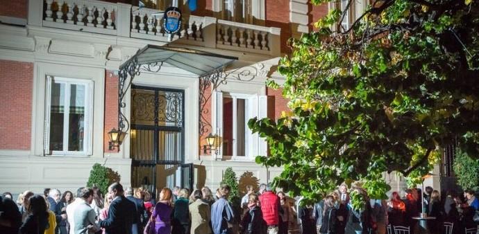 Vista general jardin embajada